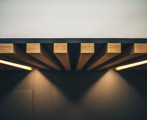 Detail drevených lamiel